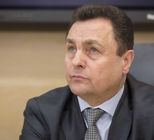 Petras Gražulis pasigedo darbo kabinete laikyto kompiuterio ir 9 tūkst. eurų, STT teigia, kad pinigai per kratą nebuvo paimti