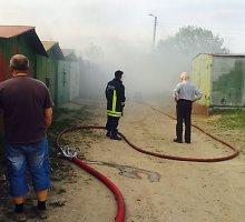 Prieš Jonines ugniagesiai ragina atsargiai elgtis su ugnimi ir maudymvietėse