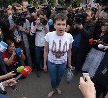 Nadija Savčenko – jau Ukrainoje: suvienys šalį ar supjudys politikus?