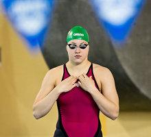 Rekordą pagerinusi Rūta Meilutytė Lietuvos plaukimo pirmenybėse iškovojo penktą čempionės titulą