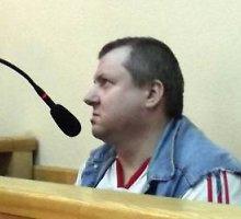 Būstą nuo įsibrovėlių gynęs Vilmantas Maksimavičius pasikarščiavo ir žudė: 7,5 metų kalėjimo