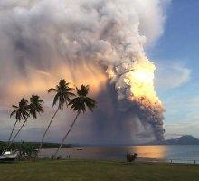 Islandijoje ir Papua Naujojoje Gvinėjoje prasidėjo ugnikalnių išsiveržimai