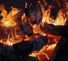Atšalus didėja krosnių sukeltų gaisrų rizika