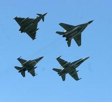 Rusija siautėja – sekmadienį jos naikintuvai net keliskart priartėjo prie Latvijos