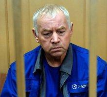 """Dėl """"Total"""" vadovo lėktuvo katastrofos sulaikyti penki Maskvos Vnukovo oro uosto darbuotojai"""