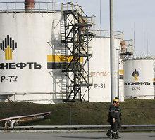 """""""Rosneft"""" skęsta: iš Rusijos valdžios paprašė daugiau kaip 2 trilijonų rublių paramos"""