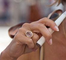 Tabako pramonė rado kelią, kaip prisijaukinti jaunimą