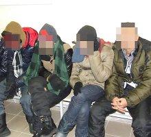 Vilniaus rajone pasieniečiai sulaikė 14 nelegalų grupę