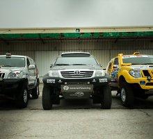 Dakare dalyvausiančių lietuvių automobiliai Prancūzijoje kraunami į laivą