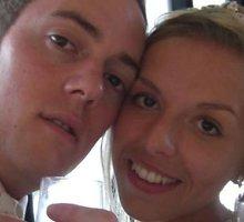 """Vestuvių nuotraukų šeimininkus britų policija surado per """"Facebook"""""""
