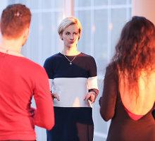 """Ievos Norkūnienės debiutas Vilniaus knygų mugėje: choreografė režisuoja knygos """"Frida"""" pristatymą"""