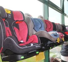 Automobilinės kėdutės kaina lemia ne saugumą, o komfortą