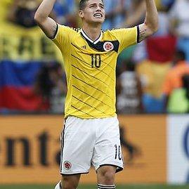 """AFP/""""Scanpix"""" nuotr./James Rodriguezas džiaugiasi įvarčiu"""