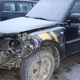 VSAT nuotr. /Pasieniečių automobilis, kurį taranavo sprunkantys kontrabandininkai