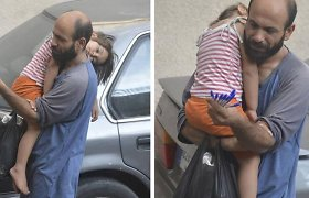 Nuotraukos galia: tušinukus pardavinėjančiam pabėgėliui tūkstančiai nepažįstamųjų pakeitė gyvenimą