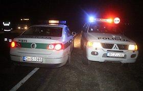 """Skuodo rajone susidūrus """"Audi"""" ir """"Peugeot"""" nukentėjo 6 suaugę ir kūdikis"""