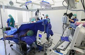 Santariškių mikrochirurgai atkuria vėžio suėstas krūtis, odos persodinimui panaudojo matricą