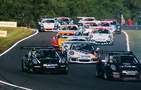 """Jonas Gelžinis grįžta į """"Porsche Carrera Cup GB"""" lenktynes"""
