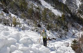 Iš Indijos – į Nepalą: 3. Visa tiesa apie klampojimą per sniegą, šlapius batus ir lavinų grėsmę
