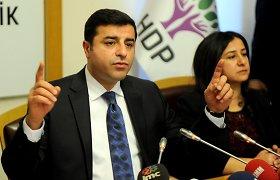 Kremliaus provokacija: į Rusiją pasikvietė Turkijos kurdų partijos lyderį