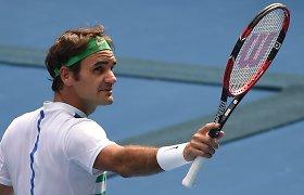 Rogeris Federeris traumą patyrė besivaikščiodamas su dukromis?