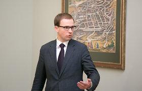 Opozicija skelbia surinkusi parašus neeilinei Seimo sesijai – joje norima kalbėti apie V.Gapšio apkaltą