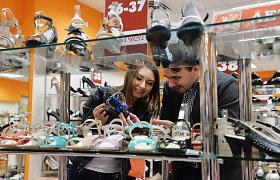 Dėl krizės Rusijoje – batų ir drabužių parduotuvių uždarymo metas