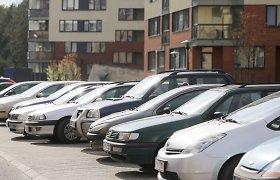 Marijampolės rajone pavogti 2 automobiliai iš vieno kiemo