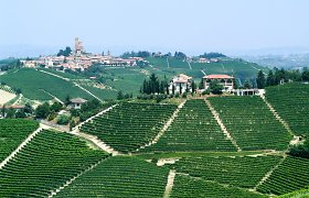 Sparčiai gyventojų netenkančios Italijos provincijų savivaldybės namus pardavinėja už 1 eurą