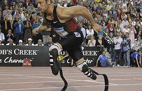 Atletas amputuotomis kojomis Oscaras Pistoriusas didžiuojasi savo pasiekimais Londono olimpiados bėgimo takeliuose