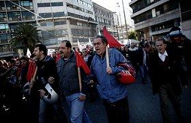 Graikijoje vėl streikuojama dėl naujų griežto taupymo priemonių