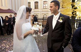 Šokėja Karina Jeremian Vilniuje sumainė aukso žiedus su mylimuoju Mantu Daniškevičiumi