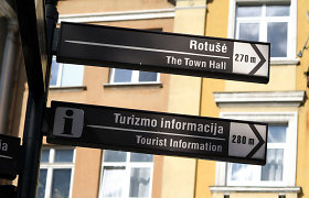 Lithuanian tour guides complain over discriminatingly high requirements for their trade