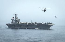JAV į Arabijos jūrą pasiuntė lėktuvnešį, jis stebės Irano laivų vilkstinę