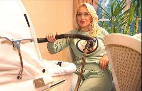 24 kg per nėštumą priaugusi Oksana Pikul-Jasaitienė neišsižada plastikos chirurgų