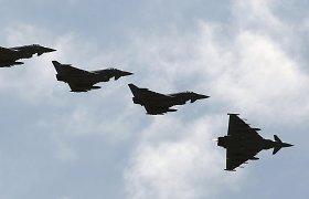 Rusijos grėsmė NATO šalių nepamokė: nemažai jų šiemet mažins gynybai skirtus pinigus