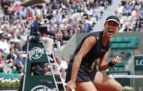"""Ana Ivanovič palaikoma mylimojo puikiu stiliumi žengė į """"Roland Garros"""" aštuntfinalį"""