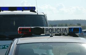 Girtas vairuotojas Šiaulių rajone sukėlė avariją, nukentėjo nelaimės kaltininkas ir du girti keleiviai