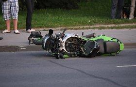 """Šėtoje žuvo motociklo """"Piaggio"""" nesuvaldęs 52 metų vyras"""