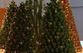 Biržietis kuria Kalėdų egles iš makaronų