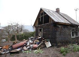 Kaune sudegė medinis namas