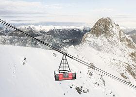 """""""Airbnb"""" siūlo nakvynę 2738 metrų aukštyje kabančiame funikulieriuje"""