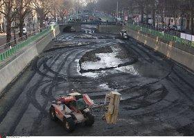 Valant Paryžiaus Sen Marteno kanalą – netikėti radiniai