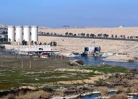 Griūvanti Mosulo užtvanka Irake