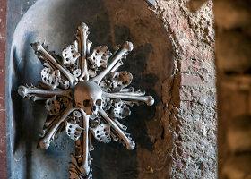 Žmonių skeletais puošta Sedleco kaulų koplyčia Čekijoje