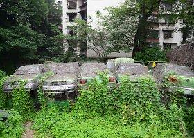 Apleisti automobiliai Čengdu mieste Kinijoje