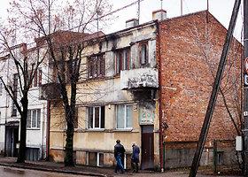 Kaune, Bažnyčios gatvės daugiabutyje rasti du lavonai