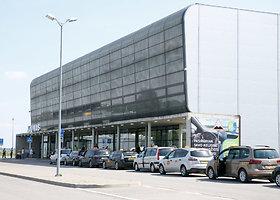Taksi sustojimas prie Kauno oro uosto