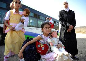 Iš Sirijos miesto evakuoti 4 metus apsuptyje laikyti žmonės