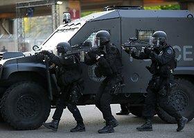 """Prancūzijos policijos antiteroristinės pratybos prieš """"Euro 2016"""""""